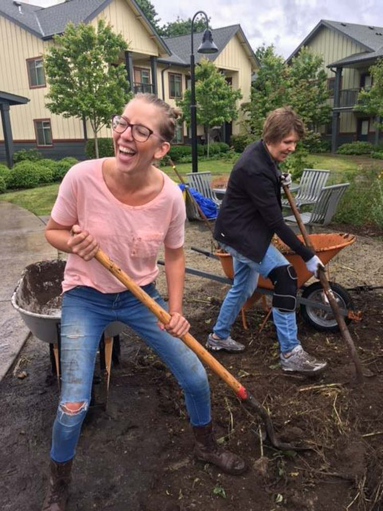 Volunteers-Having-Fun-Garden